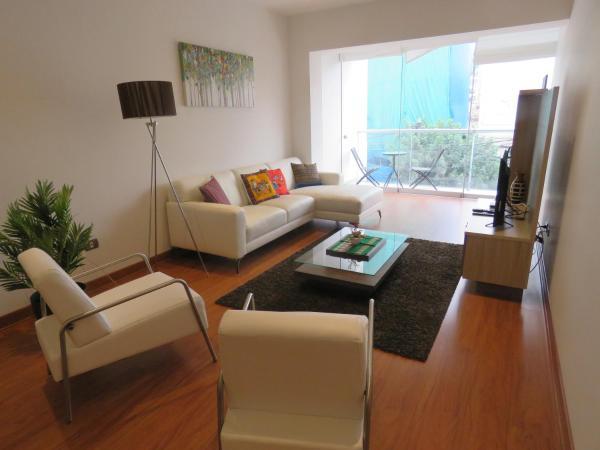 Spacious Apartment in Miraflores