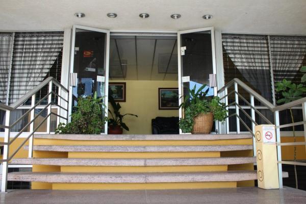 Hotel Dinastía Colima