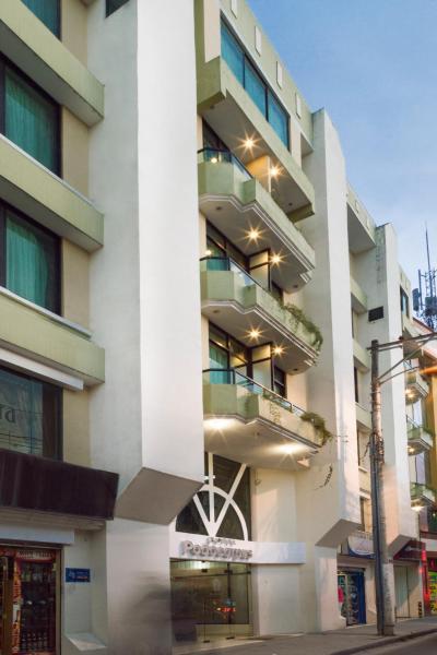 Hotel Podocarpus