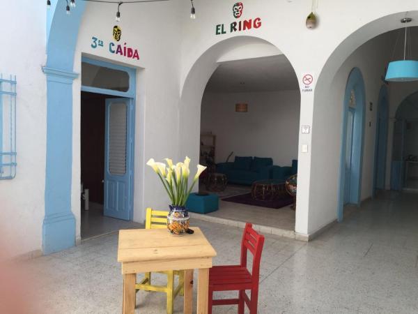Santa Lucha Hostel_1