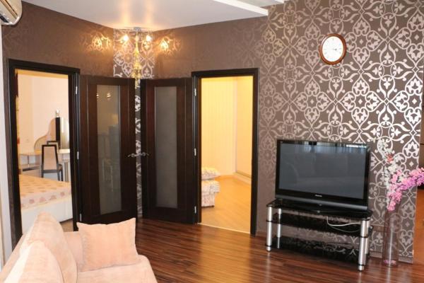Apartment On Srednefontanskaya 19B