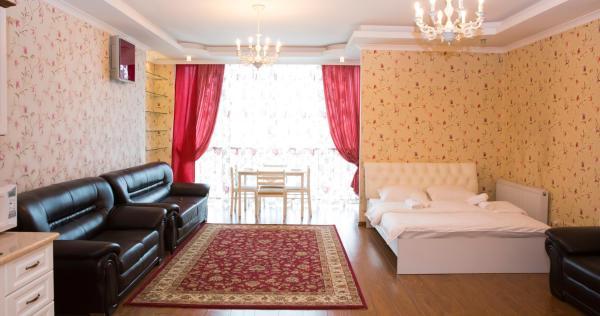 Apartment Brusilovskogo 163