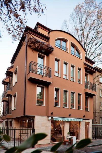 Ogosta Apartments