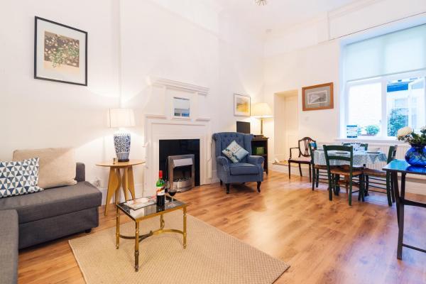 The Chelsea Embankment Apartment_1