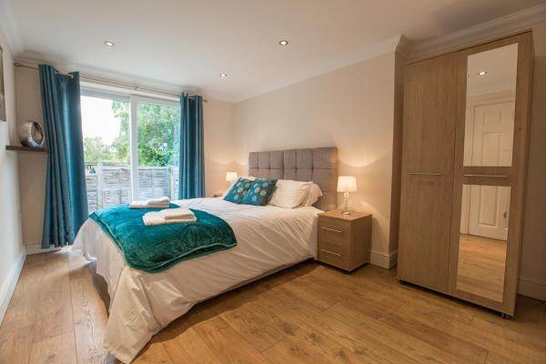 ✪ Ideal Chelmsford ✪ Serviced Moulsham Apartment - 2 Bed Perfect for Broomfield Hospital/Chelmsford City Centre/Shopping/A12_1