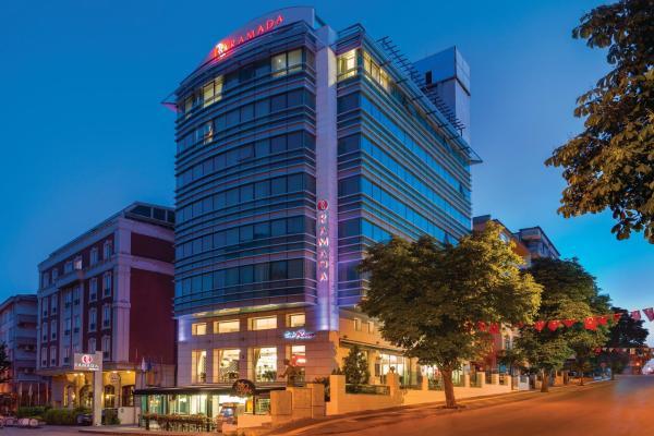 Ramada Hotel_1