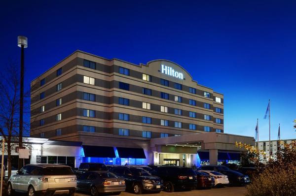 Hilton Suites Airport Hotel Winnipeg