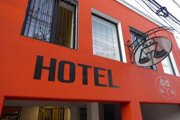 Hotel Aries y Libra_1
