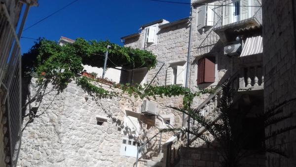 Apartments Donika