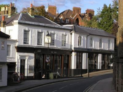 Old Etonian Hotel Harrow London