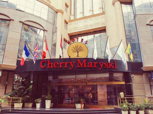 Cherry Maryski Hotel_1