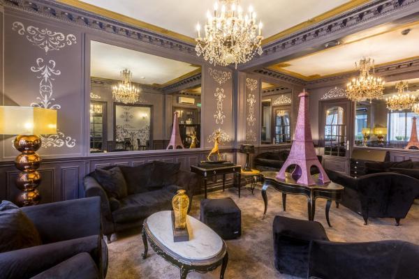 Prince Albert Louvre Hotel Paris