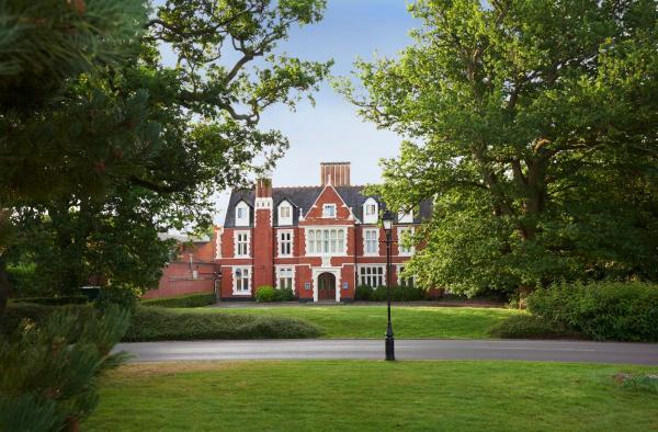 Hilton St Annes Manor Bracknell Hotel Wokingham