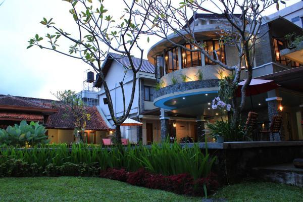 Hotel Sriti Magelang