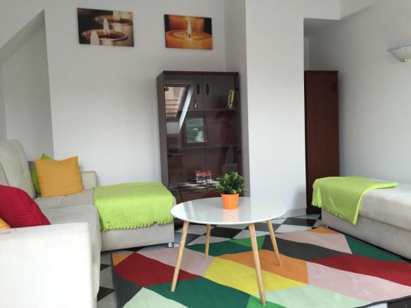 Old Town Apartment_1
