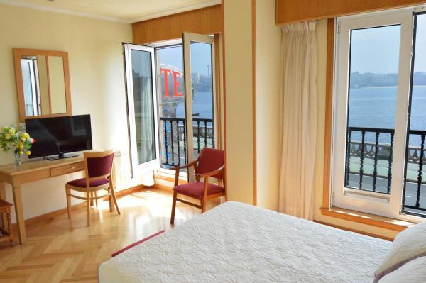 Cristal 2 Hotel A Coruna