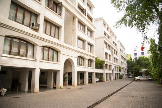 Hermitage Suites Koregaon Park Garden & Terrace Room