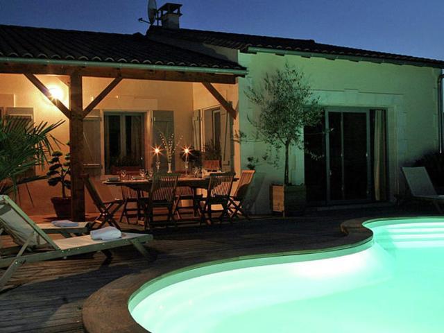 Holiday home Domaine du Grand Tourtre I