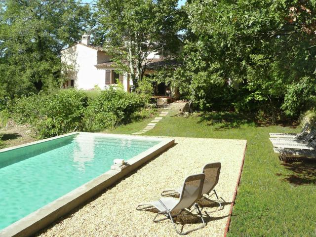 Lovely Villa in Entrecasteaux by the River