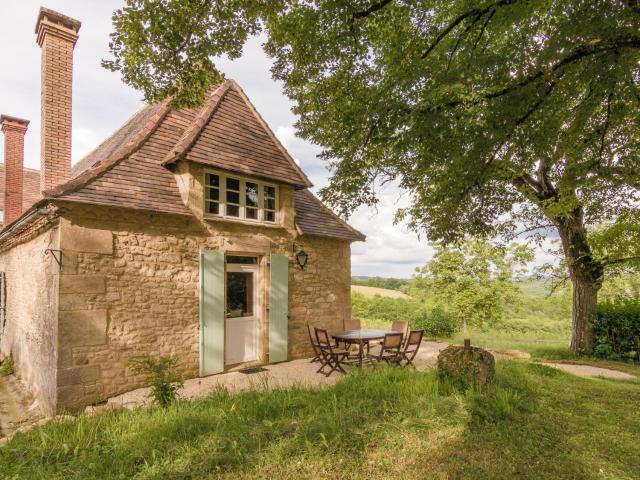 French Cottage in Aquitaine with private pool