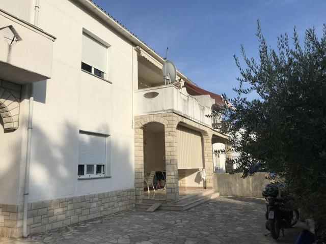 Apartments Miljenko - 80m from sea