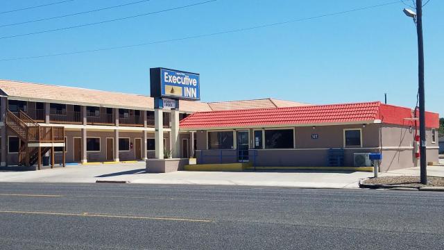 Executive Inn Laguna Vista