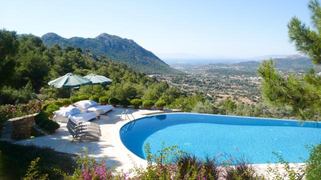 Bodrum Villa Sleeps 10 Pool Air Con WiFi