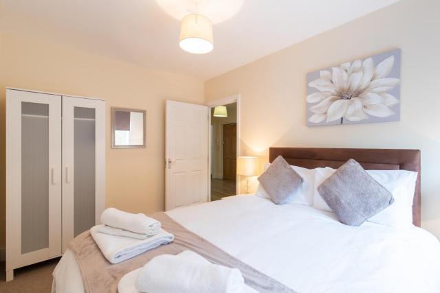 Velvet 2-bedroom apartment, Brewery Road, Hoddesdon