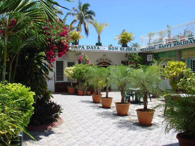 Hotel CHEZ PAPA DAYA