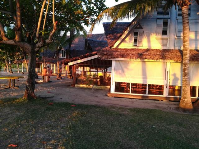 Enjoy you wonderful 1 bedroom right on the beach of Nosy be