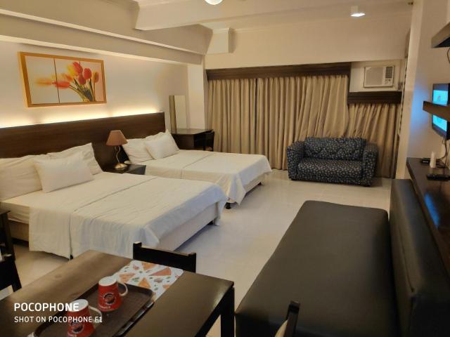 Tagaytay Staycation by Naya & Darla