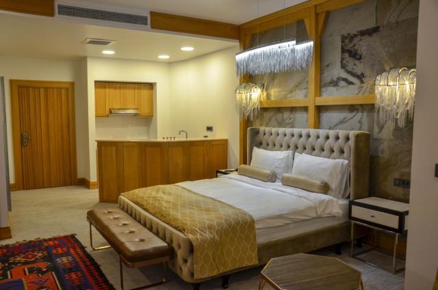 Shirvanshah Hotel