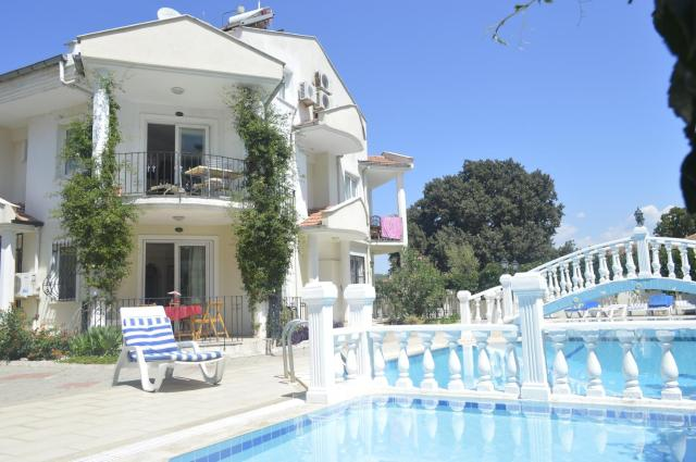 Oludeniz HoStel apartments/2 bedroom apartment with swimming pool