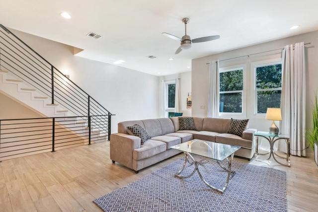 Mid City Fully Furnished Townhouse