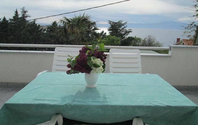 Apartments Dinka - 40m from sea