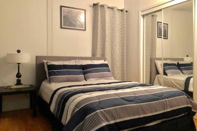 2 Bed Apartment Cozy and Clean Just for You (33B)