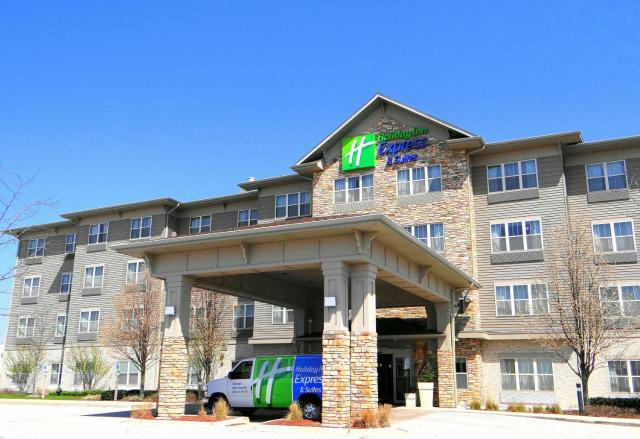 Holiday Inn Express Hotel & Suites Chicago West Roselle, an IHG Hotel