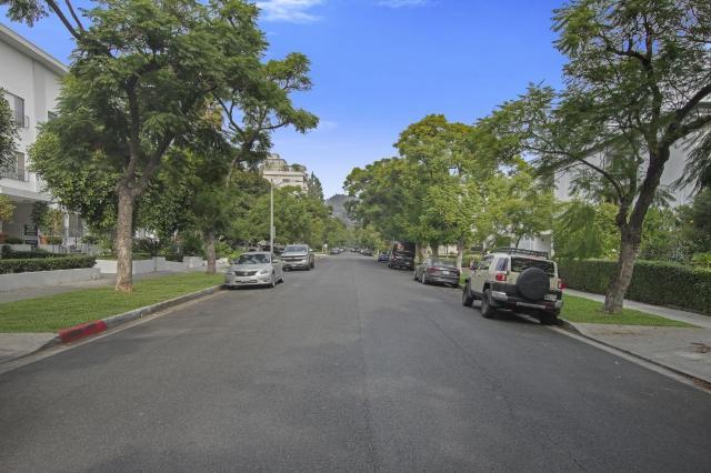 Oakhurst Beverly Hills