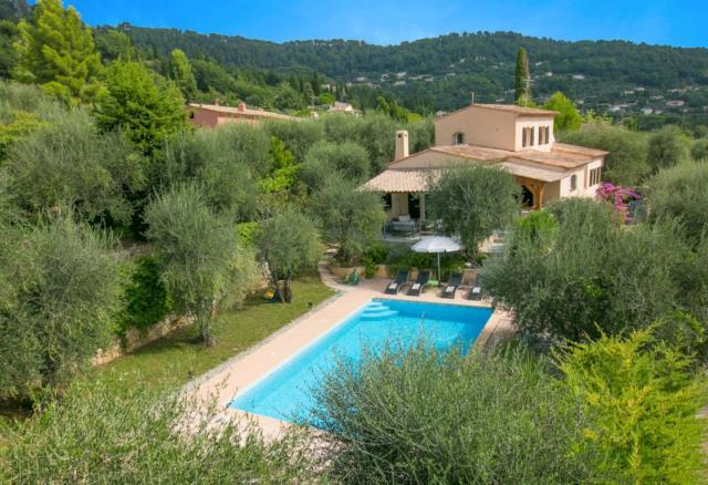 Saint-Marc-Jaumegarde Villa Sleeps 8 Pool Air Con