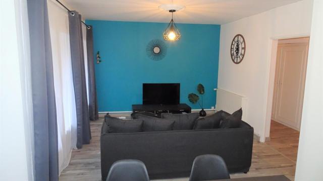 Grand appartement T3/T4 proche des berges du Cher