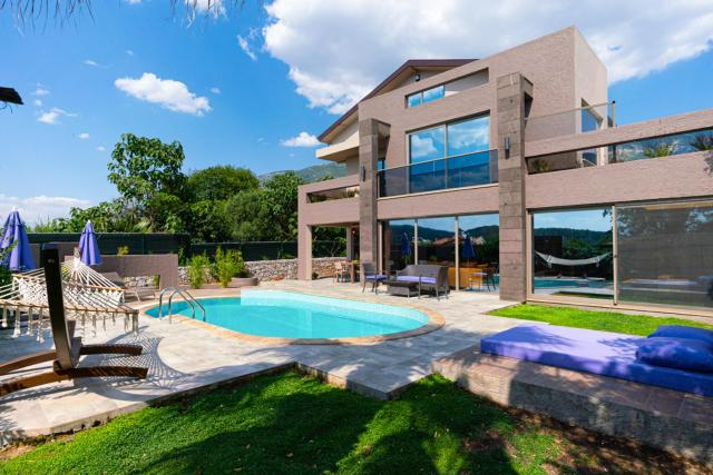Oludeniz Villa Sleeps 6 Pool Air Con WiFi