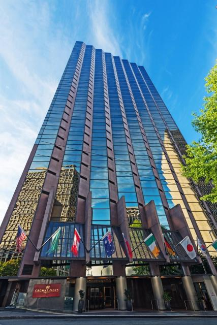 Crowne Plaza Seattle, an IHG Hotel