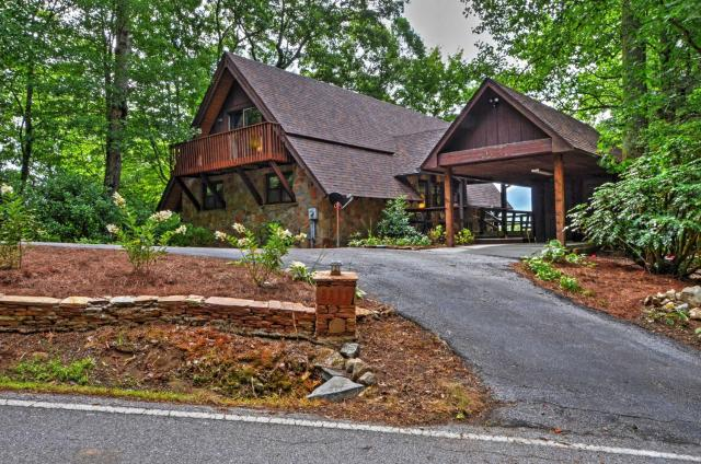 Sky Valley Home with Stunning Views - 1 Mi to Resort