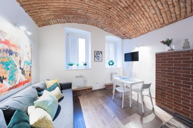 Boris' apartments - One bedroom art apartment in Žižkov