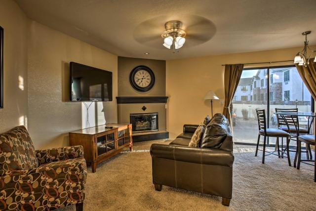 Cozy Condo with 2 Suites in Denver Tech Center!