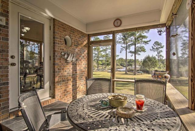 Waterfront Foley Home with Dock - 6 Mi to Beach!