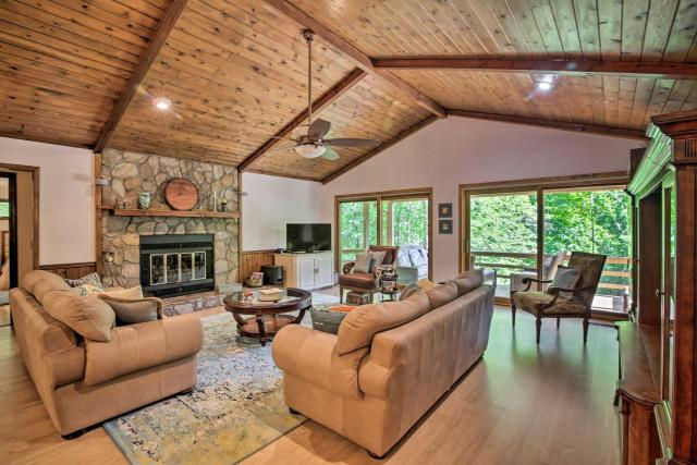 Scenic Sky Valley Home with Stunning Mtn Views!
