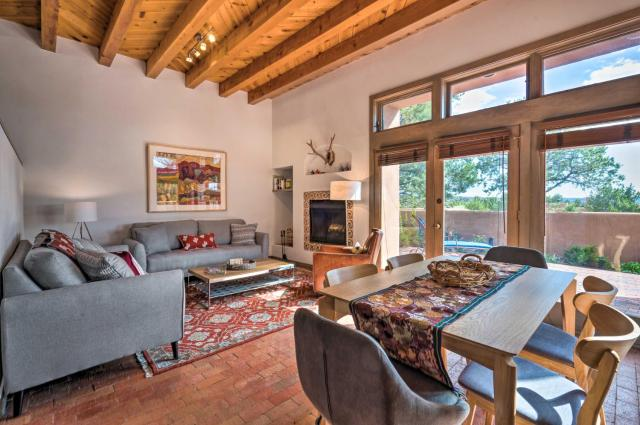 Santa Fe Area Getaway with Large Patio and Gas Grill