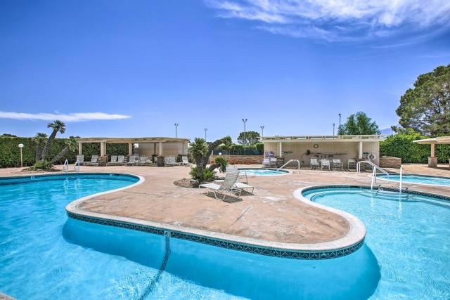 Desert Hot Springs Apt with Country Club Access