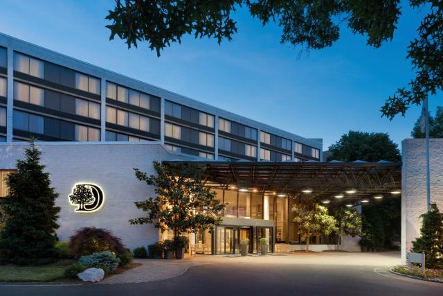 DoubleTree by Hilton Hotel & Executive Meeting Center Somerset